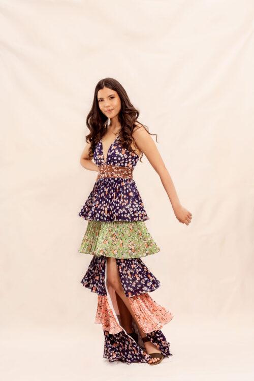 Daniela-Alvarez-Boutique-Ropa-Vestido-azul-con-flores-y-capas-1-2-104